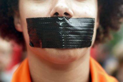 Condena penal en segunda instancia sin oír al acusado.